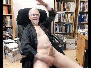 Men (Gay);Amateur (Gay);Masturbation (Gay) T time 1