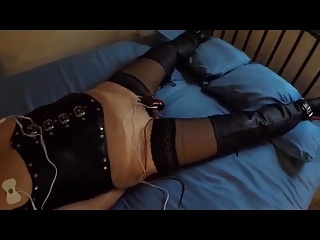 Men (Gay) Ronni wired for...