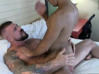 Gays (Gay),Hunks (Gay),Masturbation (Gay),Men (Gay) Latin jock anal...